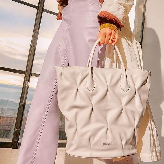 Brand Focus: le borse Coccinelle primavera estate 2021