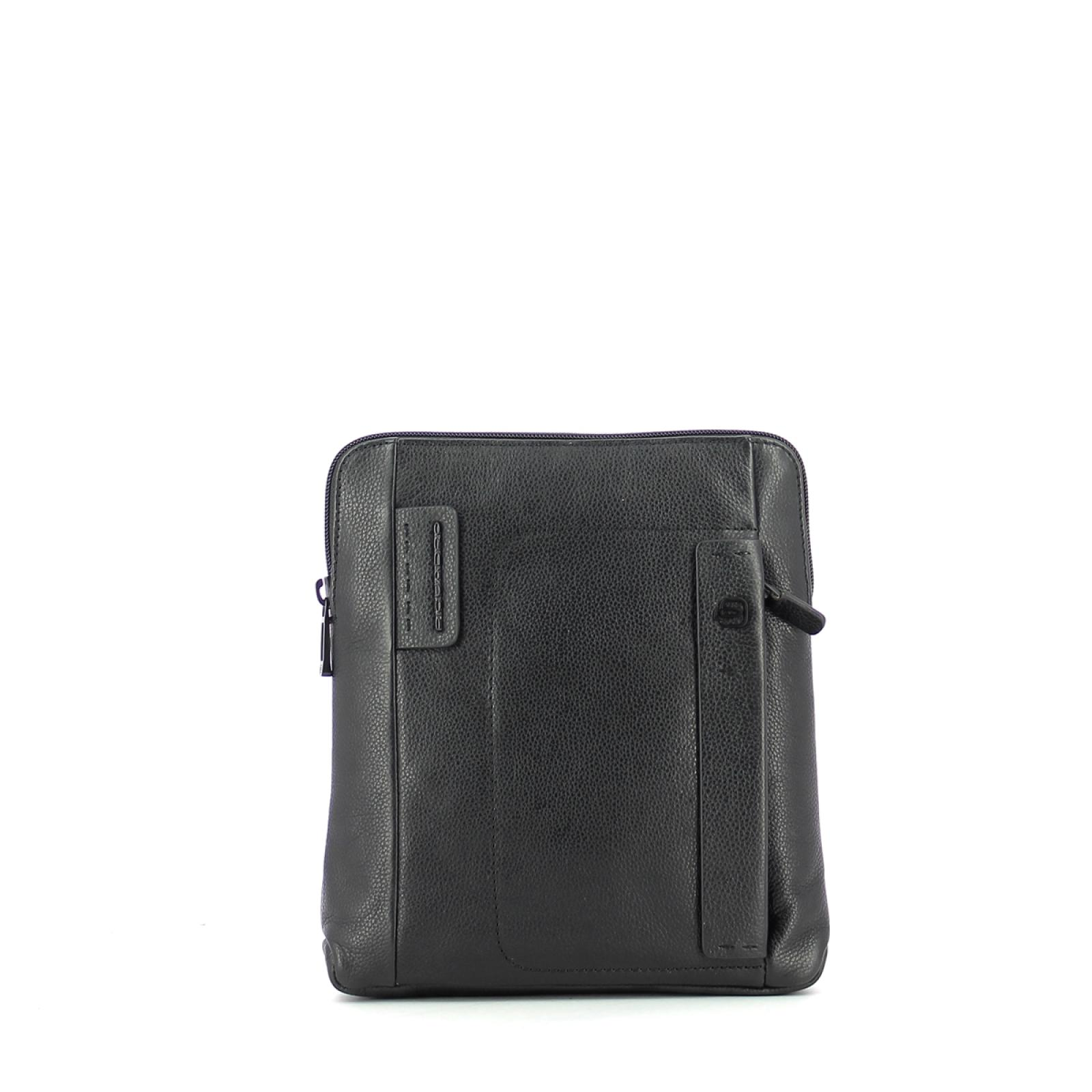 Organized crossover bag Man P15 Plus-N-UN